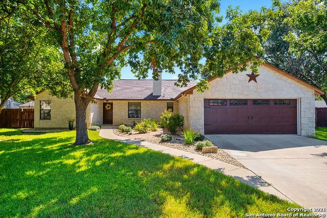Photo of 112 SUNNYLAND DR, Castroville, TX 78009 (MLS # 1550141)
