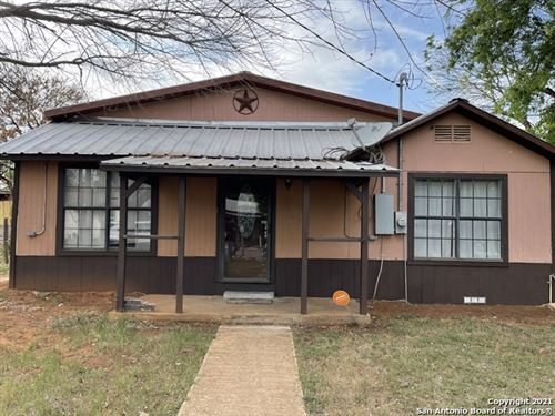 Photo of 139 N VINTON ST, Pearsall, TX 78061 (MLS # 1526164)