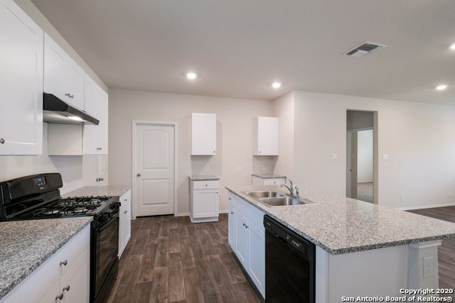 Photo of 149 Middle Green Loop, Floresville, TX 78114 (MLS # 1500183)