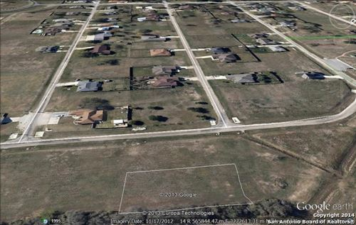 Photo of 0 WOODCLIFFE DR, Selma, TX 78154 (MLS # 1483259)