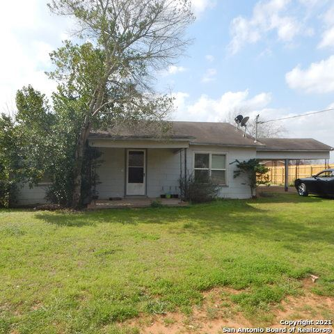 Photo of 305 S 2nd St, Stockdale, TX 78160 (MLS # 1509271)