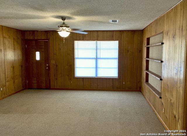 Photo of 700 Schumann Rd, Somerset, TX 78069 (MLS # 1562272)