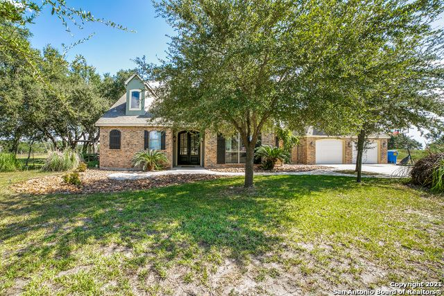 Photo of 196 FAWN LN, Floresville, TX 78114 (MLS # 1561349)