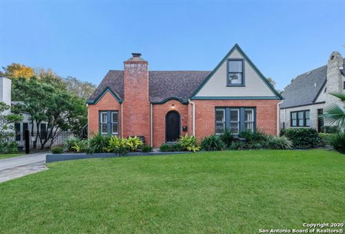Photo of 212 LUTHER DR, Olmos Park, TX 78212 (MLS # 1497364)