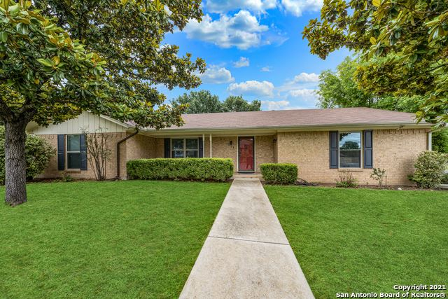 Photo of 201 Stephanie Dr, Kerrville, TX 78028 (MLS # 1534409)