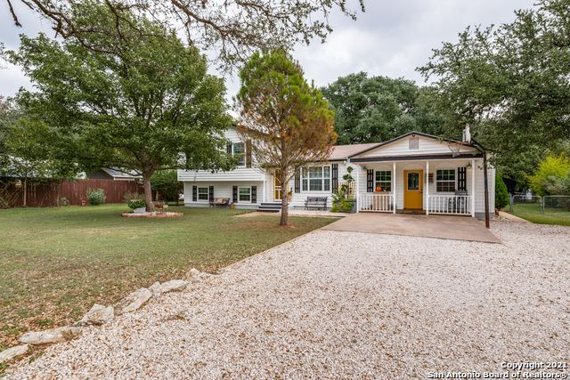 Photo of 904 Country Rd, Blanco, TX 78606 (MLS # 1565430)