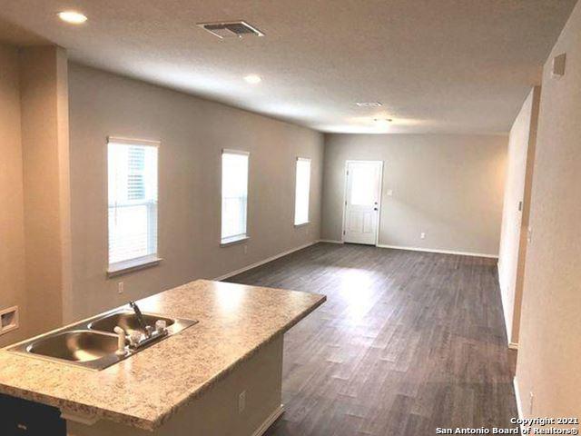 Photo of 7323 Percheron Way, Elmendorf, TX 78112 (MLS # 1565434)