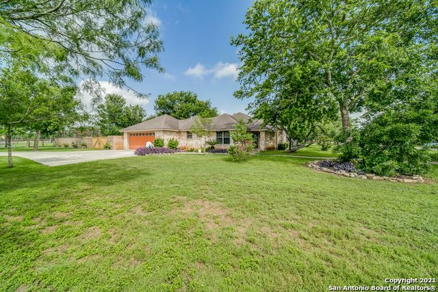 Photo of 109 Red Oak Trail, Marion, TX 78124 (MLS # 1545507)
