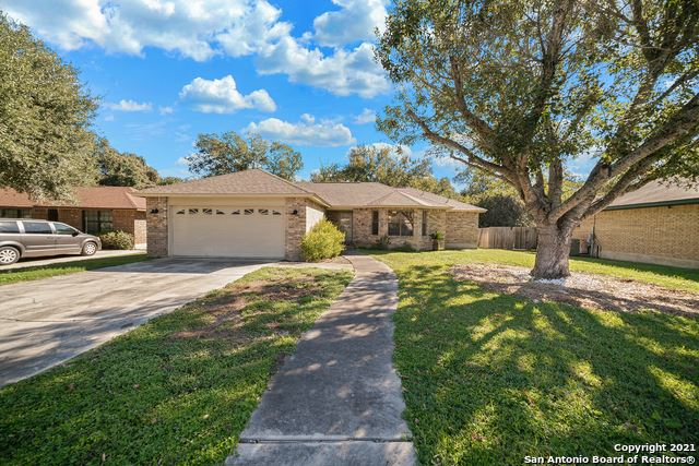 Photo of 150 Forest Dr, Seguin, TX 78155 (MLS # 1566574)