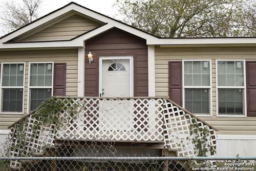 Photo of 509 Bartlett St, Natalia, TX 78059 (MLS # 1519577)