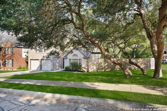 Photo of 8402 BRANCH HOLLOW DR, Universal City, TX 78148 (MLS # 1562593)