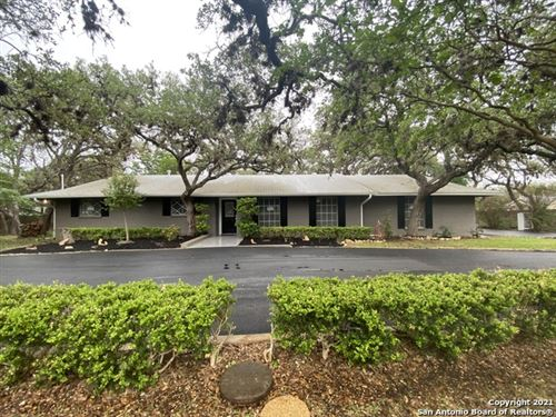 Photo of 132 WAGON TRAIL RD, Shavano Park, TX 78231 (MLS # 1523600)