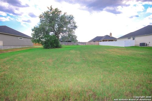 Photo of 117 Grand View, Floresville, TX 78114 (MLS # 1477622)