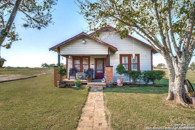 Photo of 1340 PITTMAN RD, St Hedwig, TX 78152 (MLS # 1487627)