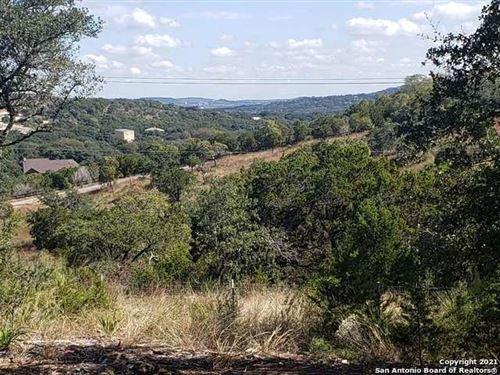Photo of 11002 Caliza Bluff, Boerne, TX 78006 (MLS # 1418657)