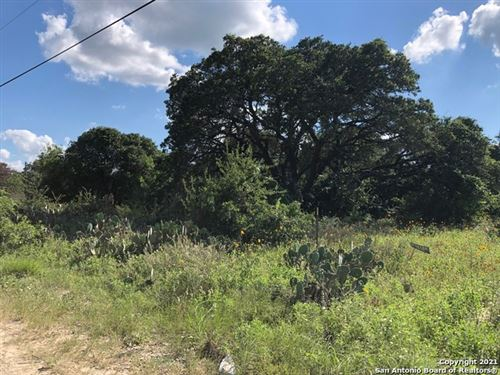 Photo of 336 County Road 6846, Lytle, TX 78052 (MLS # 1546669)