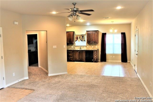 Photo of 1408 S 2nd St, Floresville, TX 78114 (MLS # 1538711)