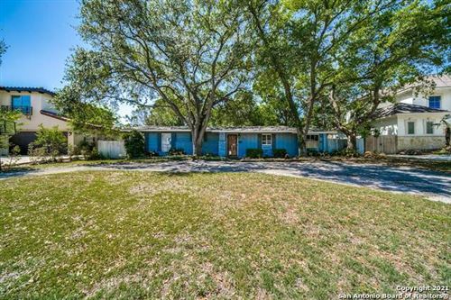 Photo of 832 CANTERBURY HILL ST, Terrell Hills, TX 78209 (MLS # 1522724)