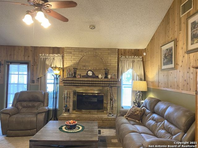 Photo of 309 RENEE DR, Converse, TX 78109 (MLS # 1523729)