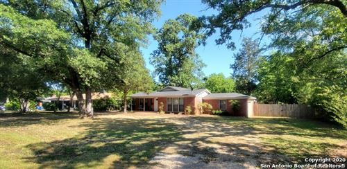 Photo of 111 W Cayuga Dr, Athens, TX 75751 (MLS # 1475743)