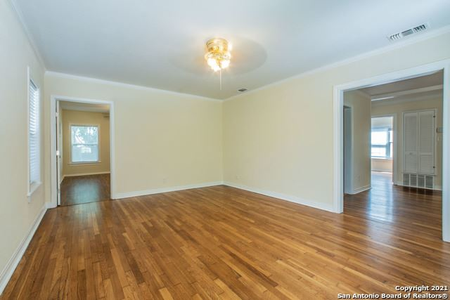 Photo of 525 ABISO AVE, Alamo Heights, TX 78209 (MLS # 1545757)