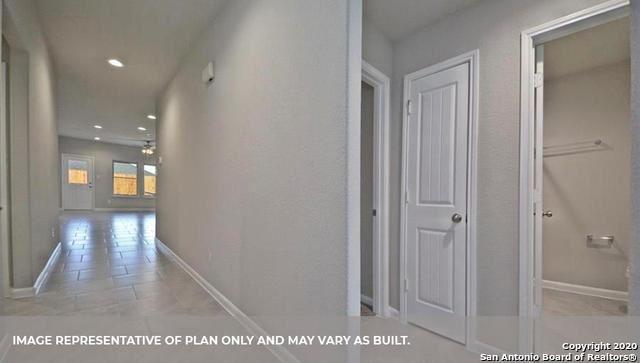 Photo of 844 CINNAMON TEAL, Seguin, TX 78155 (MLS # 1567832)