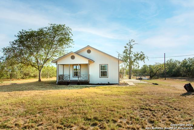 Photo of 3019 W Ditto Rd, Poteet, TX 78065 (MLS # 1563834)