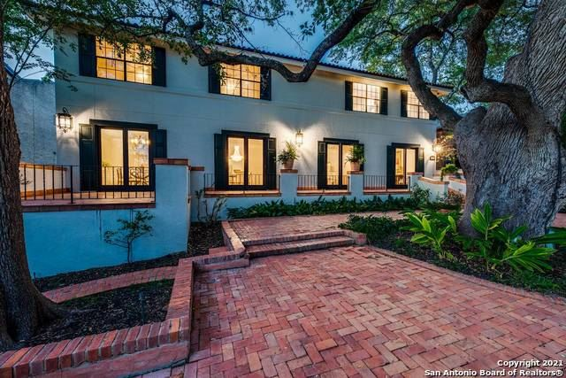 Photo of 231 GRANT AVE, Alamo Heights, TX 78209 (MLS # 1561875)