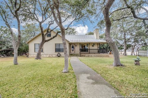 Photo of 9203 Tarpon Dr, Boerne, TX 78006 (MLS # 1511896)