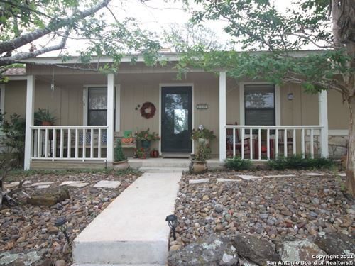 Photo of 214 VIEW POINT DR W, Boerne, TX 78006 (MLS # 1564909)