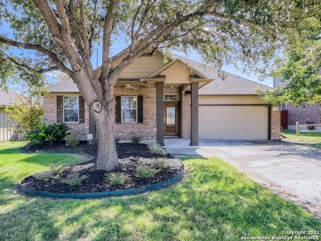 Photo of 137 CONWAY CASTLE DR, New Braunfels, TX 78130 (MLS # 1567968)