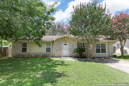 Photo of 12505 NORTHLEDGE DR, Live Oak, TX 78233 (MLS # 1545992)