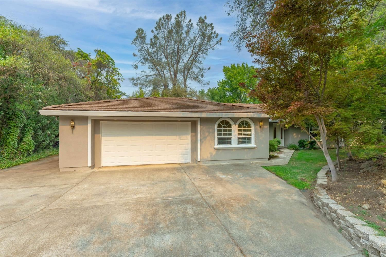 Photo of 6762 Highland Road, Granite Bay, CA 95746 (MLS # 221105000)