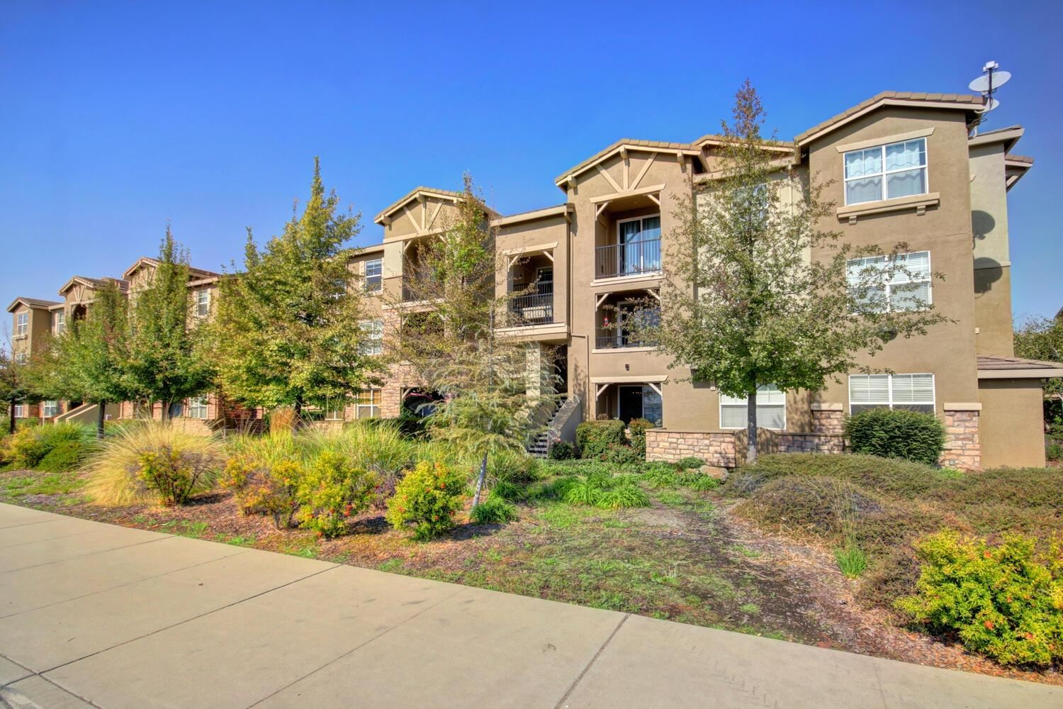 Photo of 1240 Whitney Ranch Parkway #334, Rocklin, CA 95765 (MLS # 20063015)