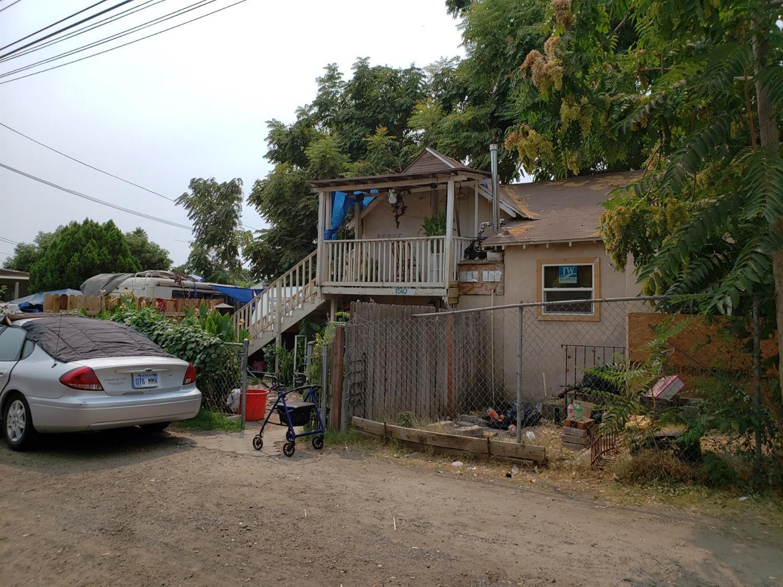 Photo of 1510 Oregon Drive, Modesto, CA 95354 (MLS # 221133019)