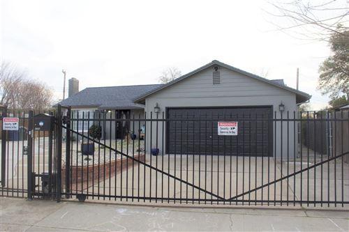 Photo of 4506 Ruskin Court, Sacramento, CA 95842 (MLS # 221015022)