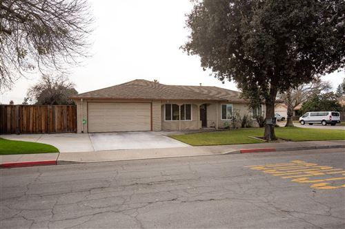 Photo of 1824 Cheyenne Way, Modesto, CA 95356 (MLS # 20076029)