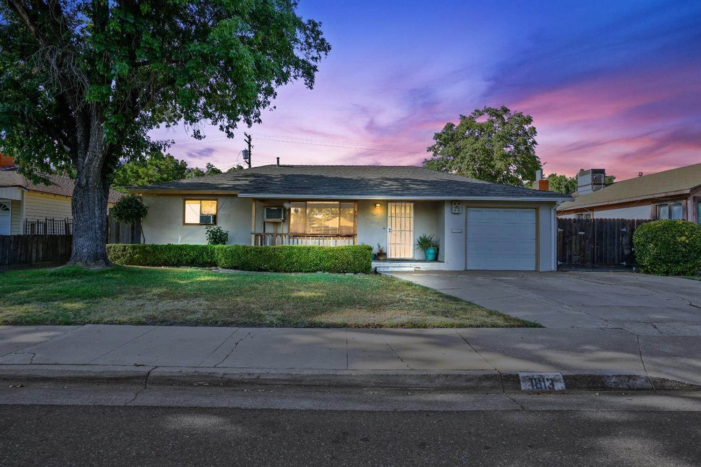 1813 Orangeburg Avenue, Modesto, CA 95350 - MLS#: 221088035
