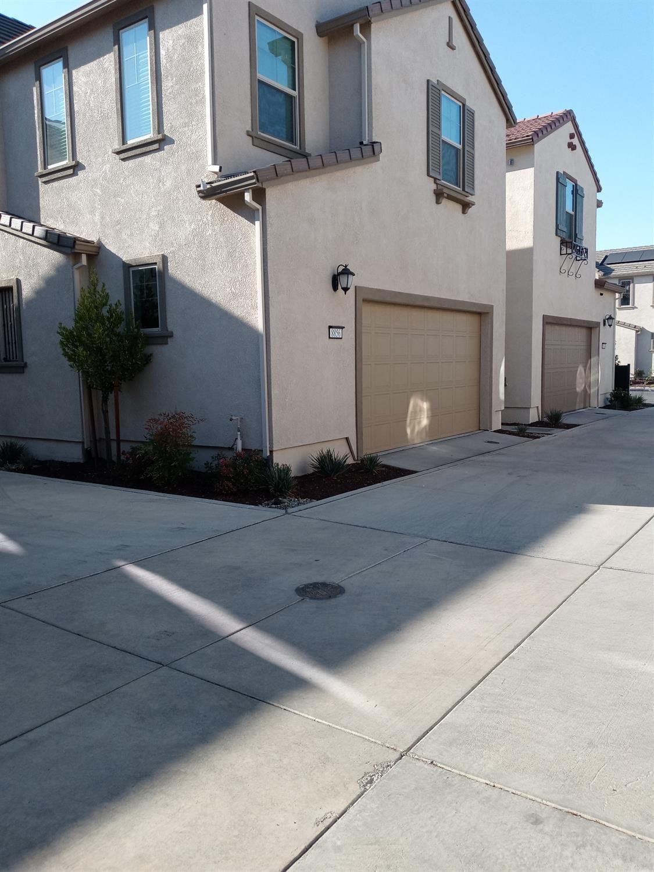 8856 Solo Way, Elk Grove, CA 95757 - MLS#: 221116037