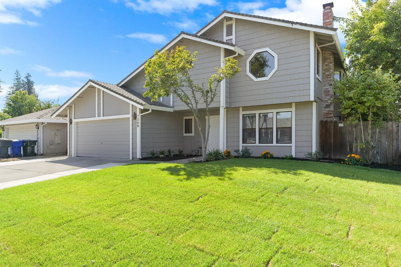7368 Flowerwood Way, Sacramento, CA 95831 - MLS#: 221121037