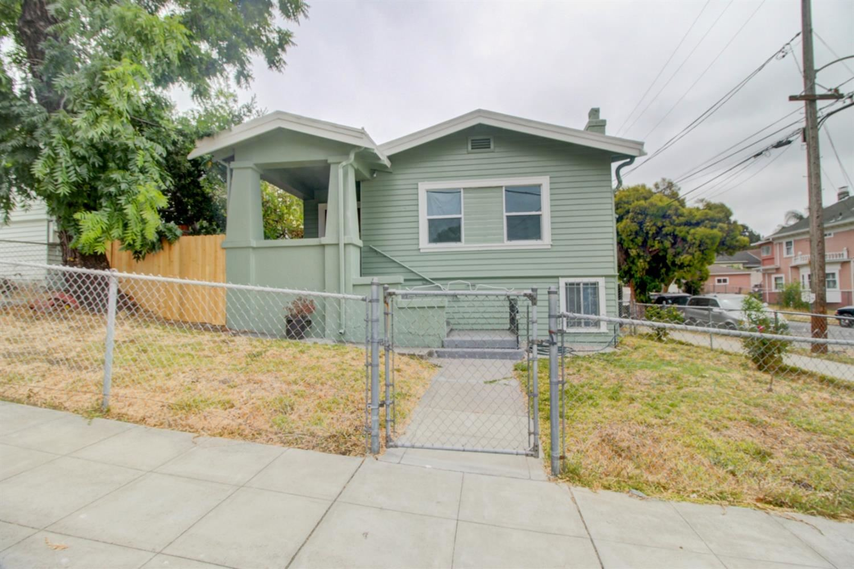2700 21st Avenue, Oakland, CA 94606 - #: 221098040