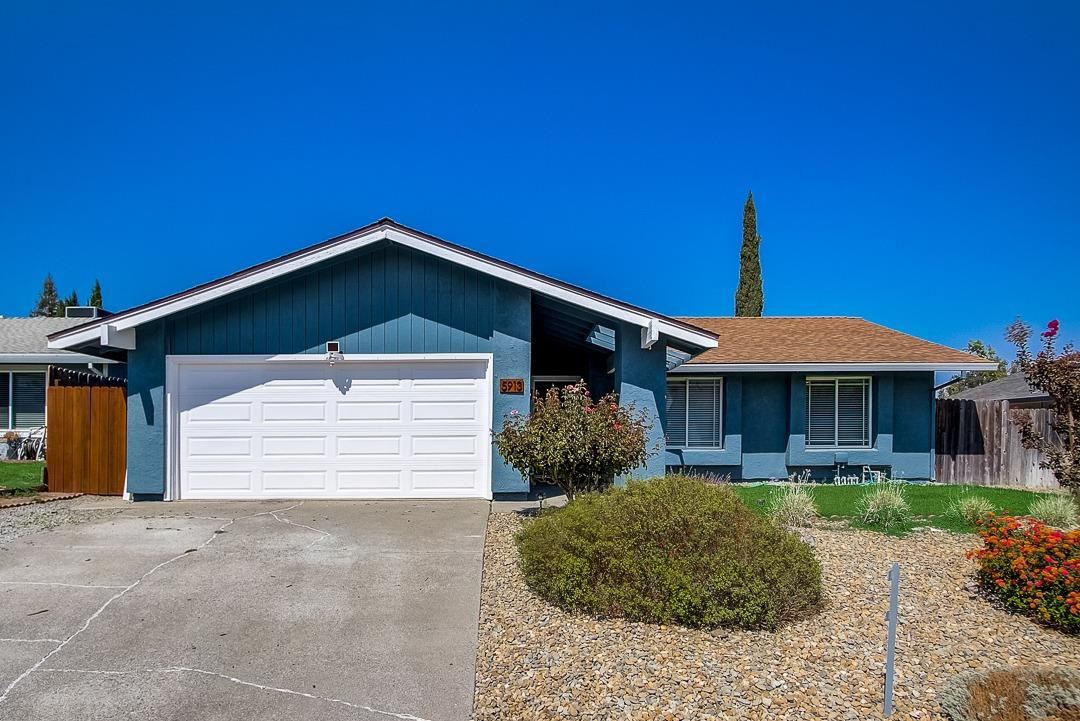 Photo of 5913 Whaler Circle, Citrus Heights, CA 95621 (MLS # 221117043)
