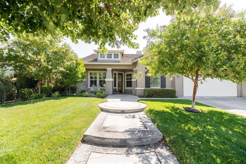 Photo of 3004 Edgeview Drive, Modesto, CA 95355 (MLS # 221090045)