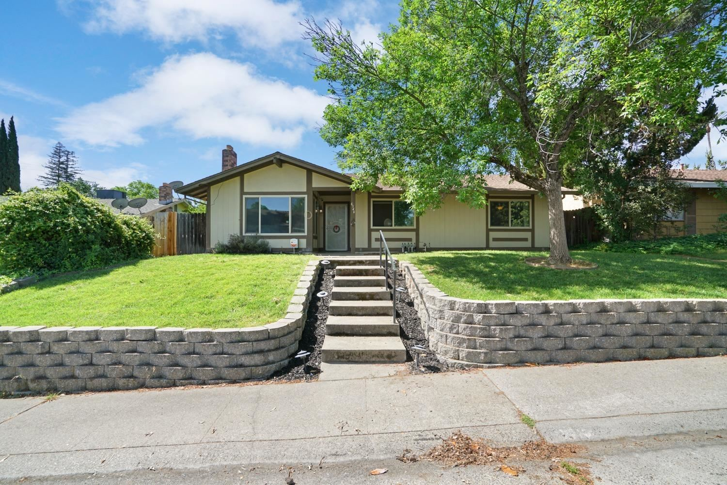 Photo of 6546 Donegal Drive, Citrus Heights, CA 95621 (MLS # 221046049)
