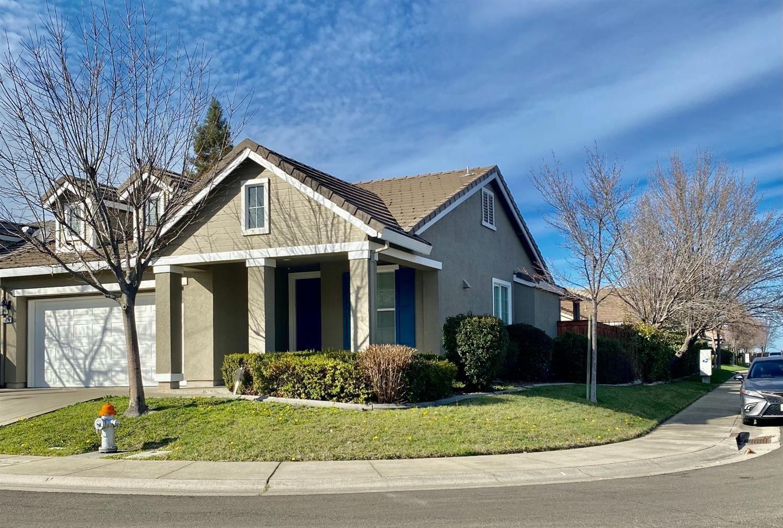 Photo of 6070 Meeks Way, Sacramento, CA 95835 (MLS # 221015053)
