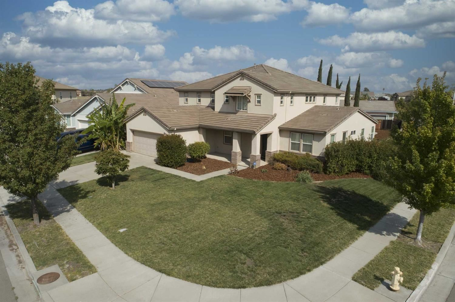 Photo of 3711 Folsom Court, West Sacramento, CA 95691 (MLS # 20058059)