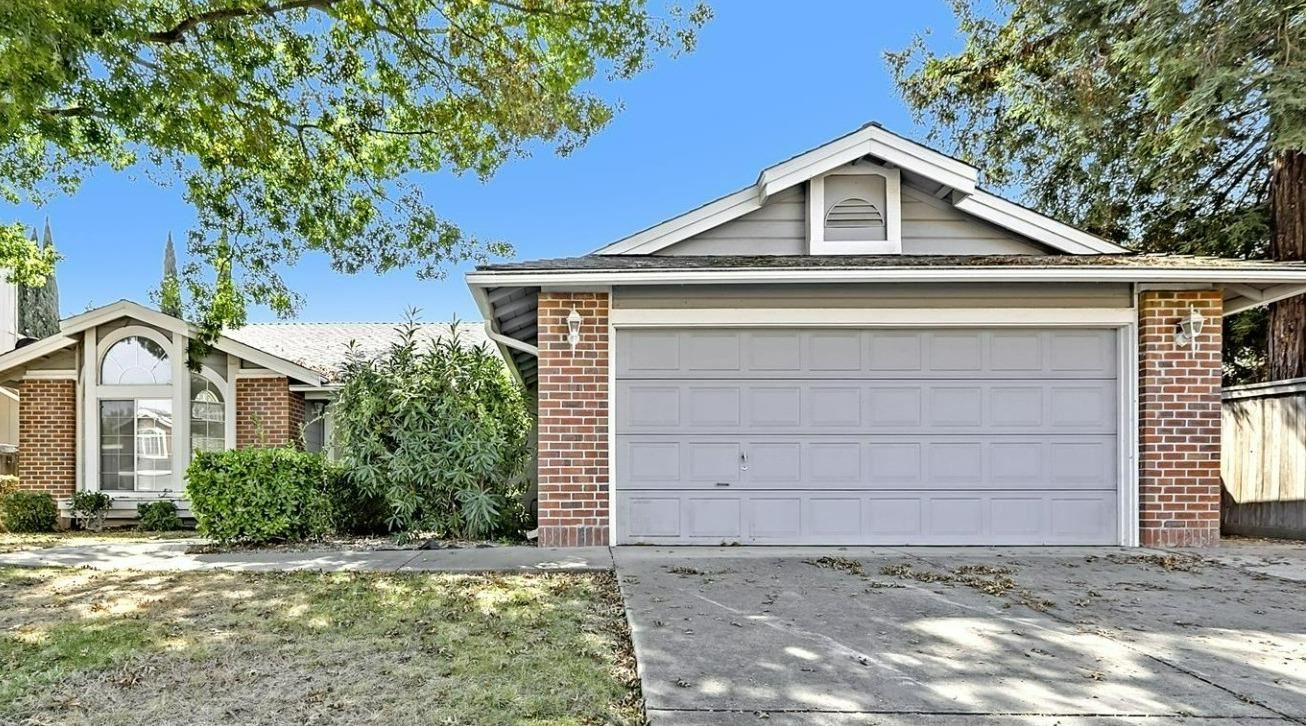 Photo of 2914 Nolana Court, Antelope, CA 95843 (MLS # 221117065)
