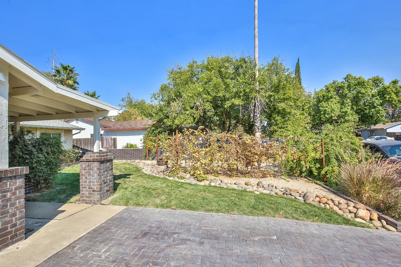 Photo of 8249 Woodyard Way, Citrus Heights, CA 95621 (MLS # 20063068)