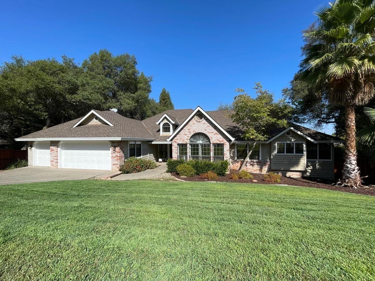 Photo of 8902 Bronson Drive, Granite Bay, CA 95746 (MLS # 221118072)