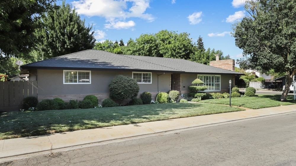 Photo of 1205 Cecil Way, Modesto, CA 95350 (MLS # 221090081)